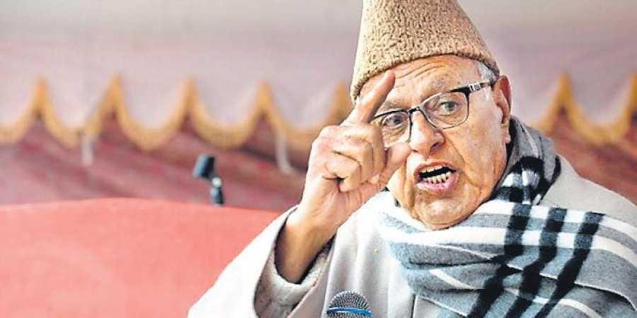 Dr. Farooq Abdullah, politikus kontroversi ~ foto newindianexpress