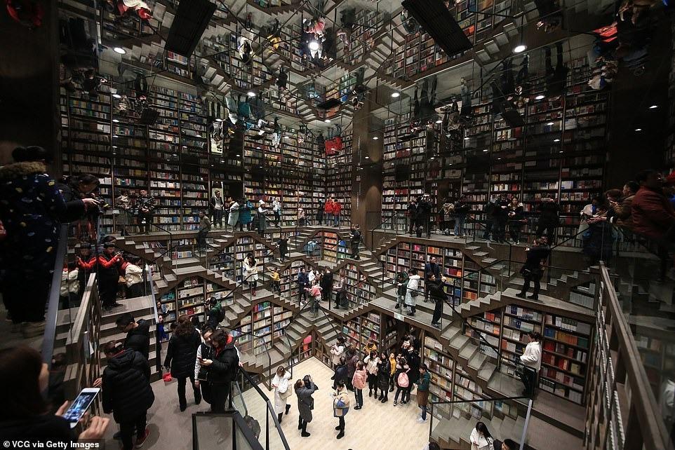 Kedai buku Zhongshuge di Hangzhou, China ~ foto dailymail