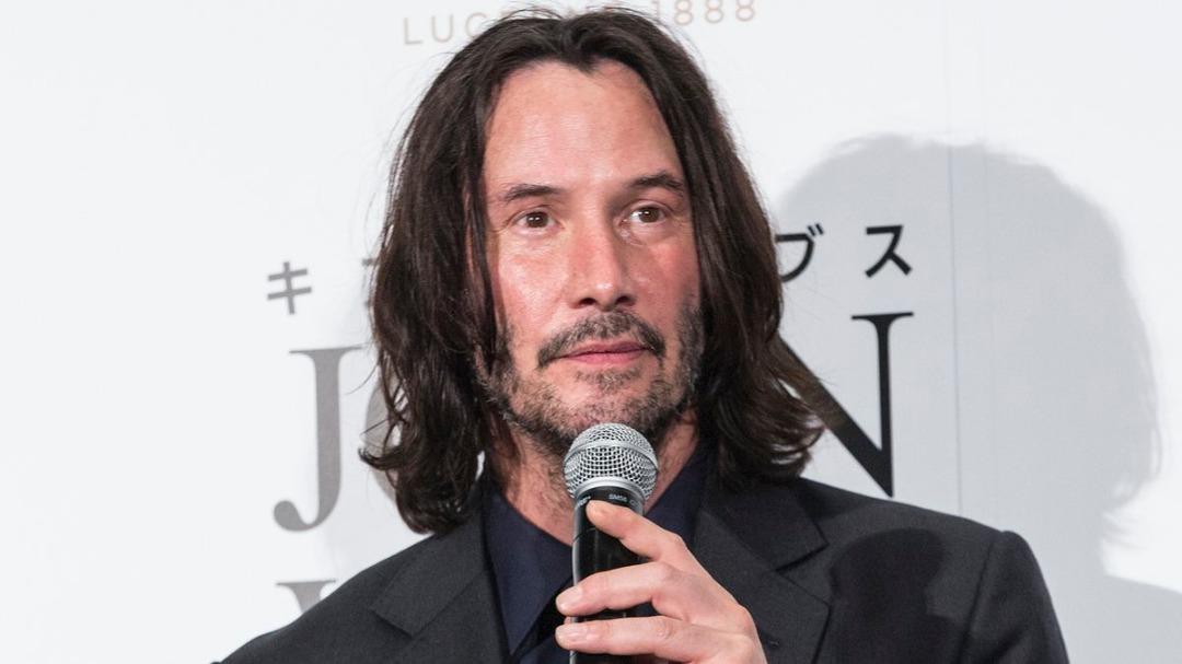 Keanu Reeves Kini Seorang Penulis!