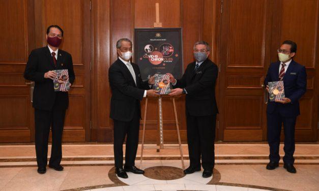 PM Lancar Buku The Covid-19 Chronicles of Malaysia