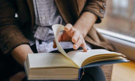 Tiga Tip: Baca Lebih Banyak Buku Tahun Ini